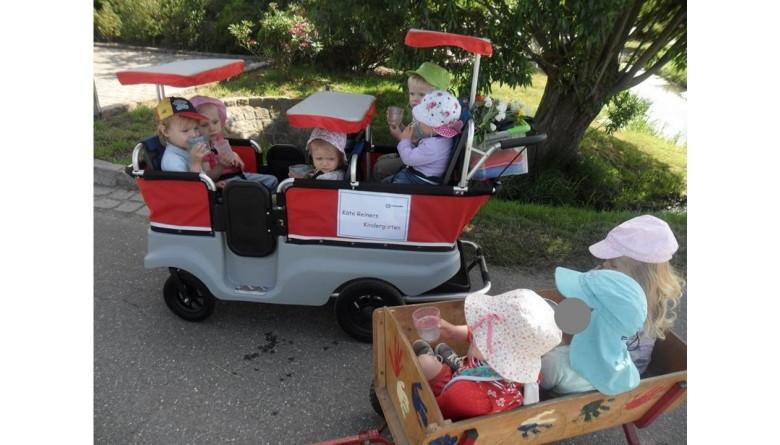 Neuer Krippenwagen für den Käte Reiners Kindergarten
