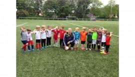 Trainingsanzüge der G-Jugend Fußballmannschaft SV Lieth 1
