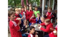 Allwetter-Trainingsbekleidung für die 1. D-Jugend Fußball der SV Lieth 3
