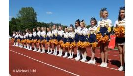Neue Uniformen für die Maniacs Cheerleader 2