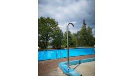 Duschen für das Schwimmerbecken 4